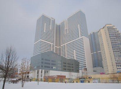 Авиньон 1 и 2, фото здания
