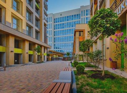 Парк Мира, фото здания